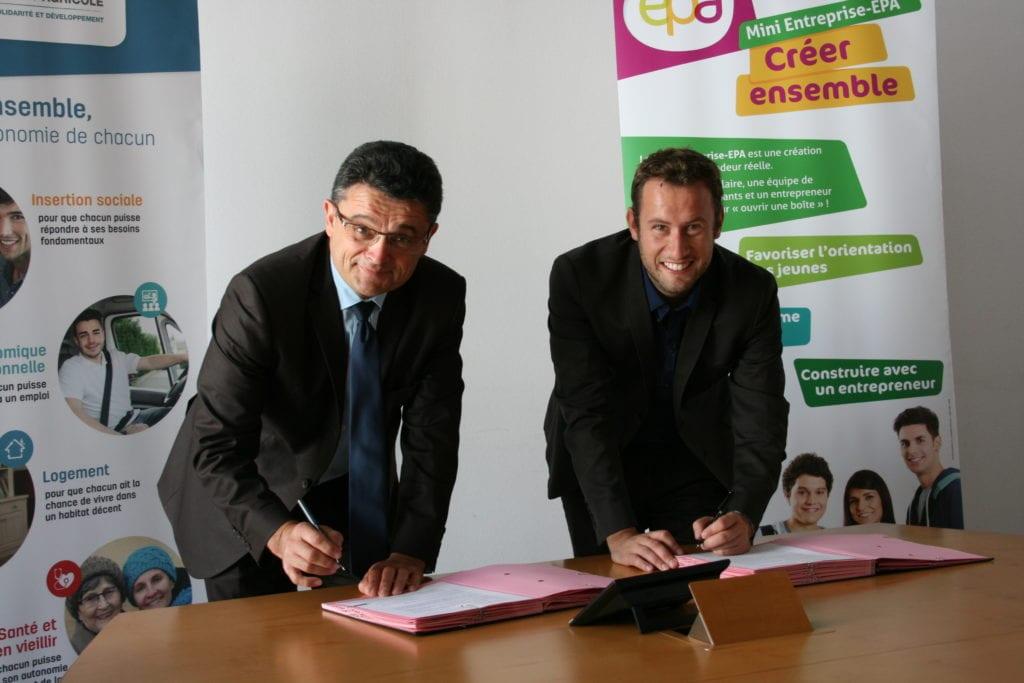 Signature Entreprendre pour apprendre